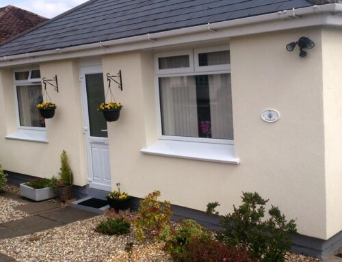 Multiple bungalows in Malvern, Worcestershire with Weber XM system using 90mm insulation